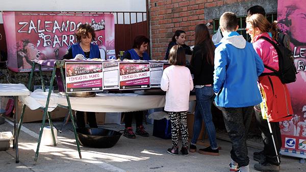 comidas-mundo-#ningunserhumanoesilegal-#zaleandobarreras